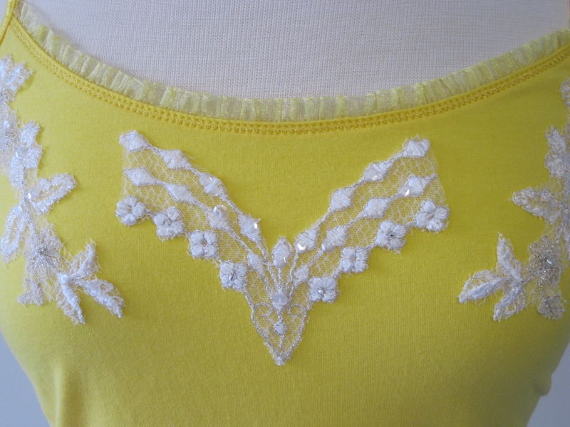 Tank top yellow & white the marilyn johnson sewing design