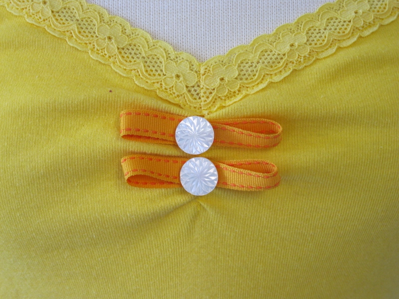 Tank Top - Yellow Buttons n' Bows